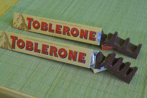 Deutsche und englische Toblerone.
