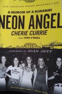Buchcover von Neon Angel