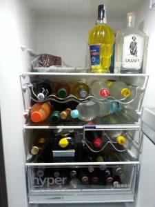 Kühlschrank voller Flaschen
