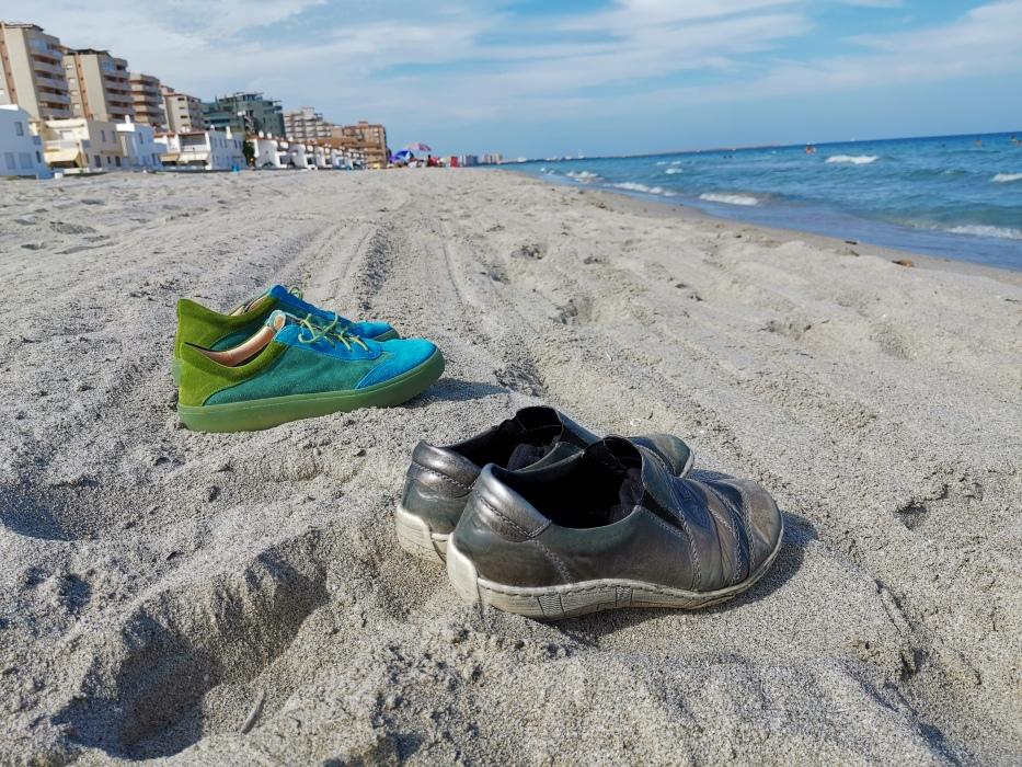 Cartagena - Schuhe am Strand