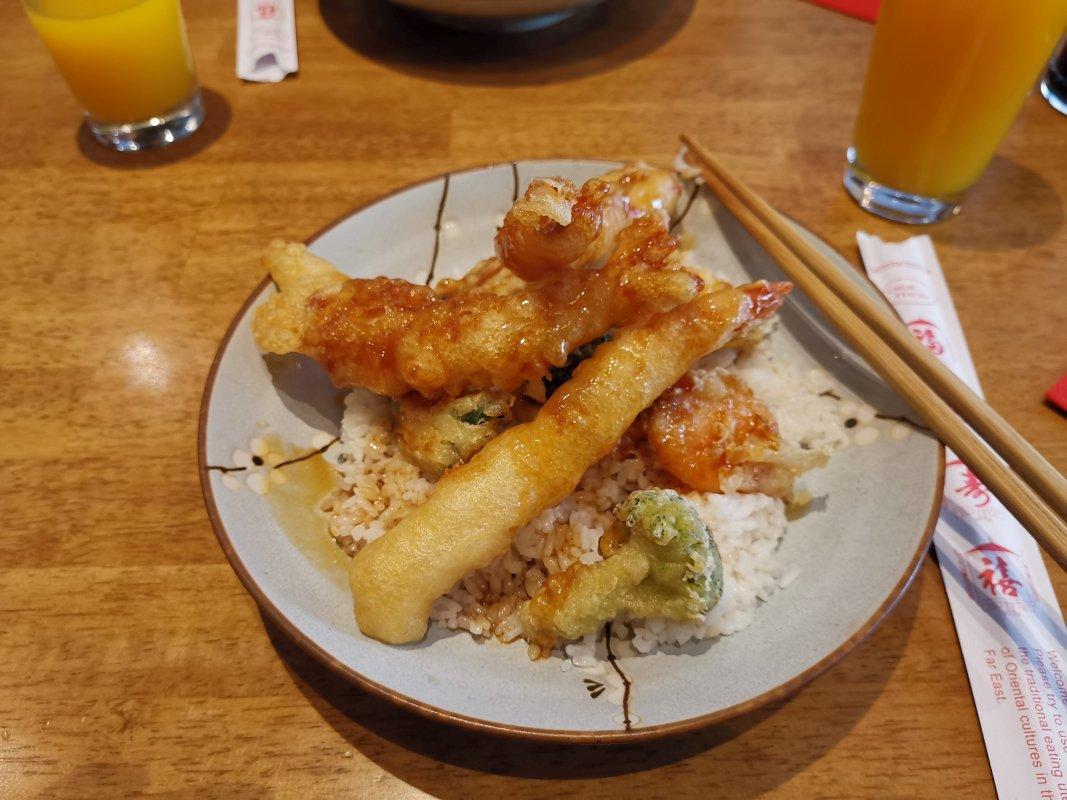 Kamon Sushi Bar