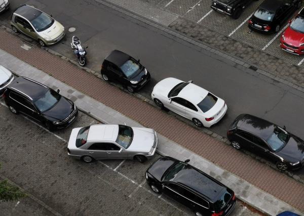 Schief geparkt